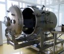 Vacuum chamber for space simulation